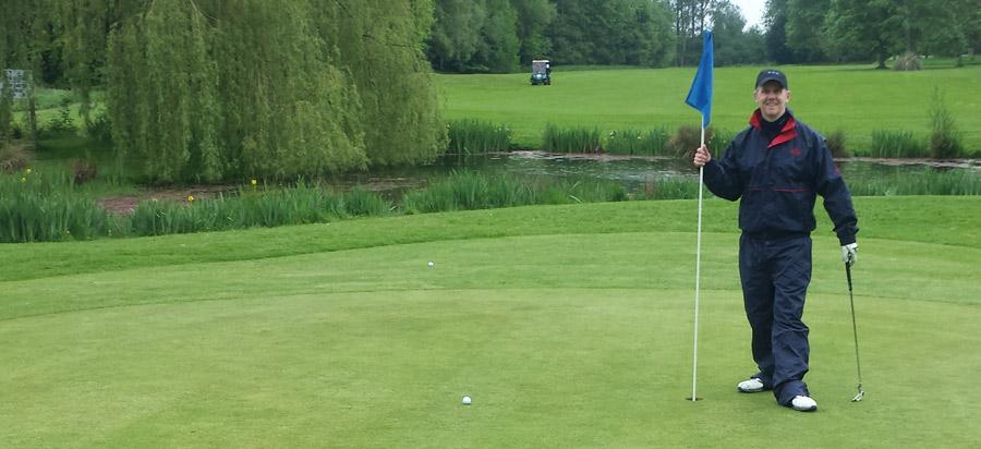 golf-flag-900